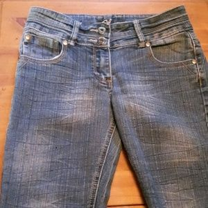 Other - Girls Jean Capri Size 16